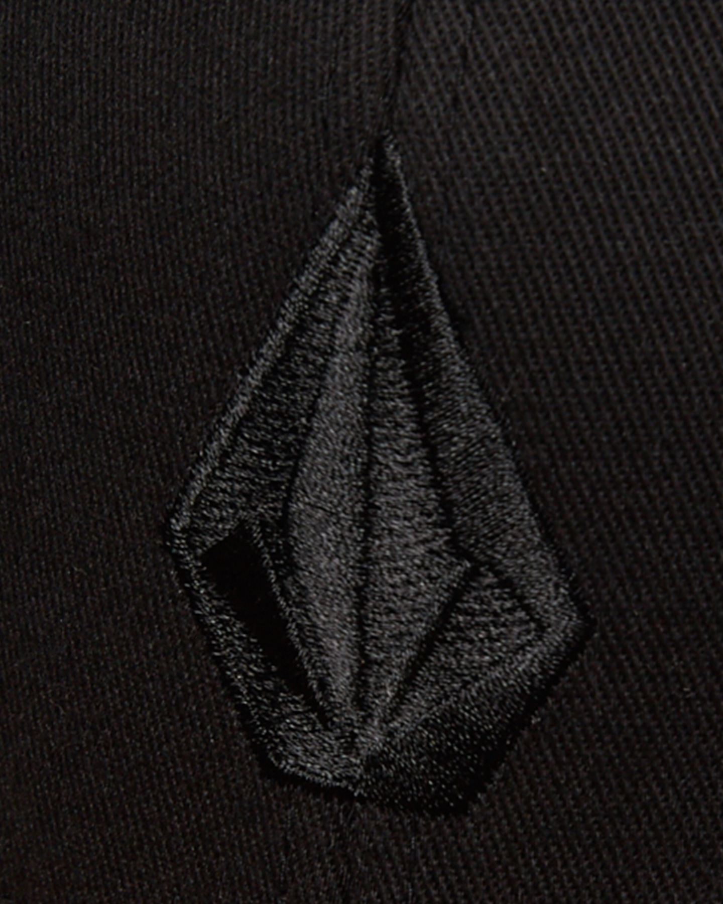 New Volcom Men/'s Full Stone Heather Xfit Cap Wool Acrylic Black