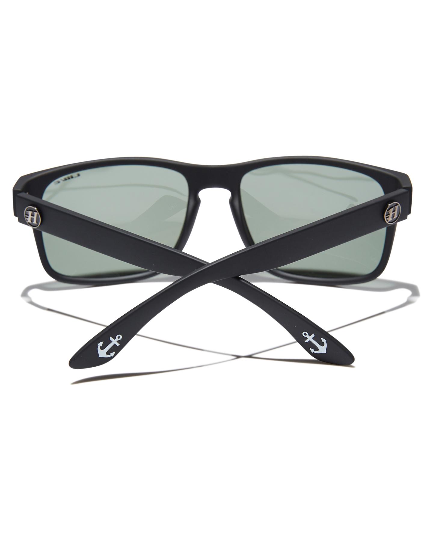 de26456d17 New Liive Vision Men s X Mad Hueys The Shoey Polarised Sunglasses Glass  Black