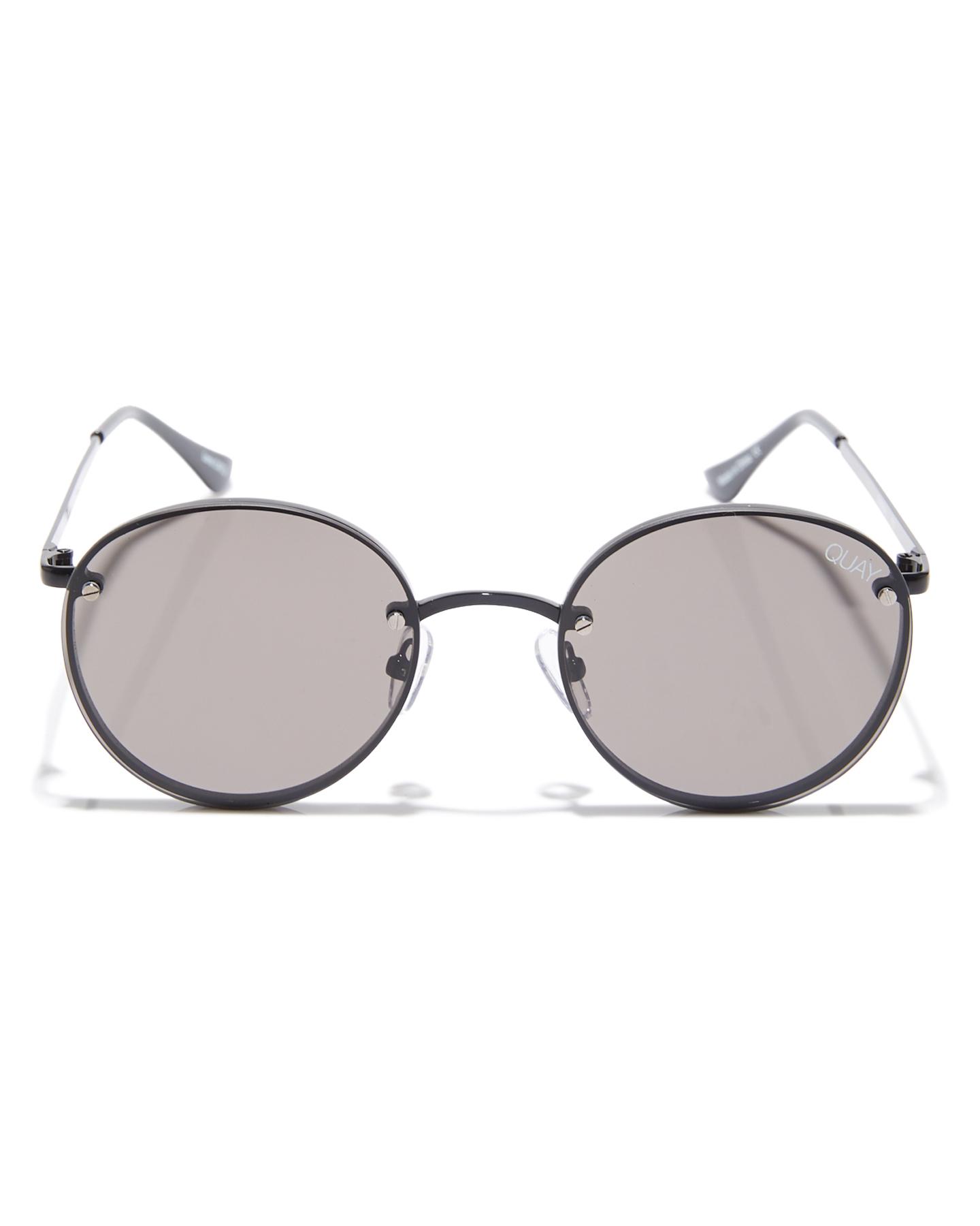 e065a7ba788dc New Quay Eyewear Women s X Elle Ferguson Farrah Sunglasses Gold
