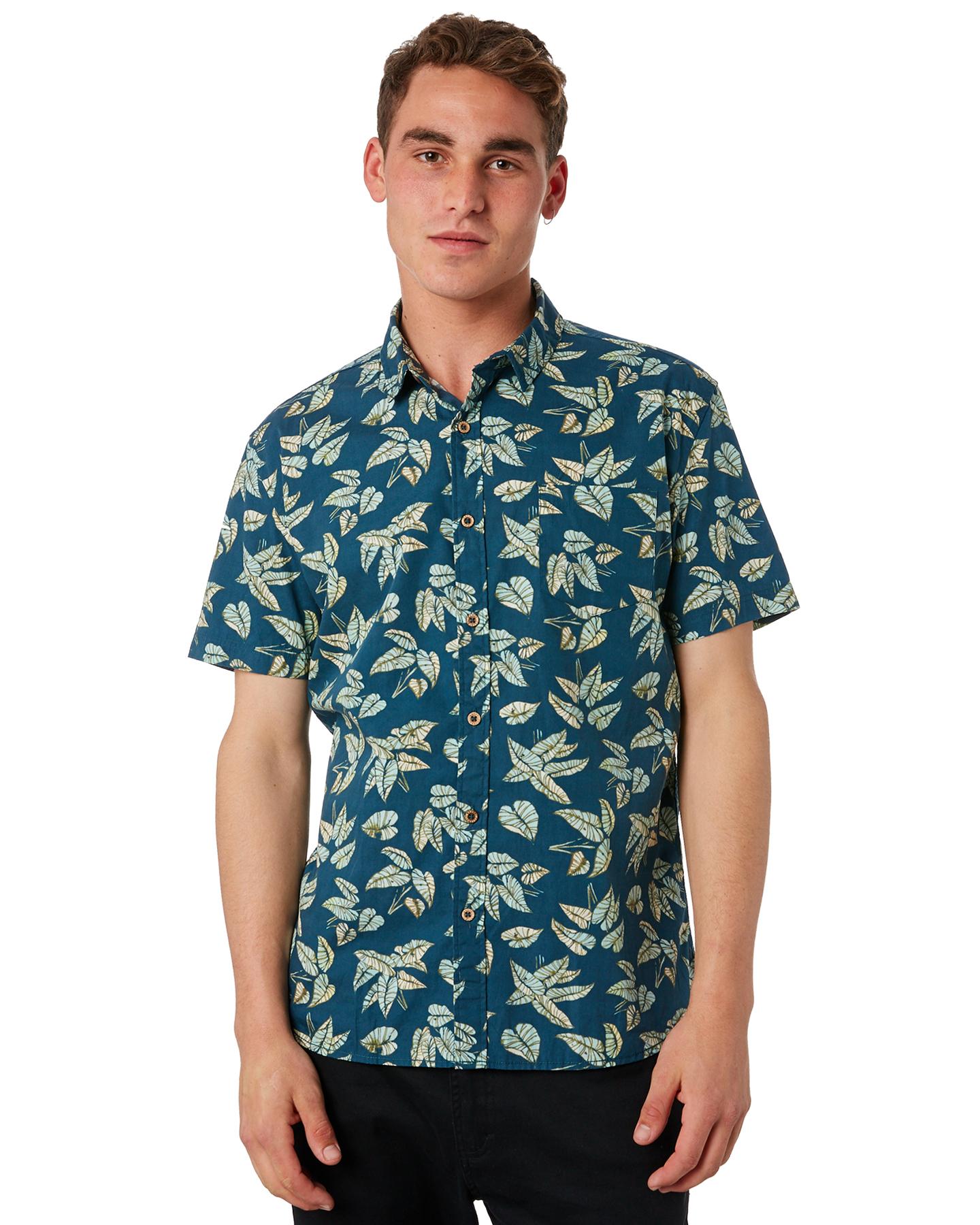 908d1b88bbf Banks Men s Rosewood Mens Ss Shirt Short Sleeve Cotton Black