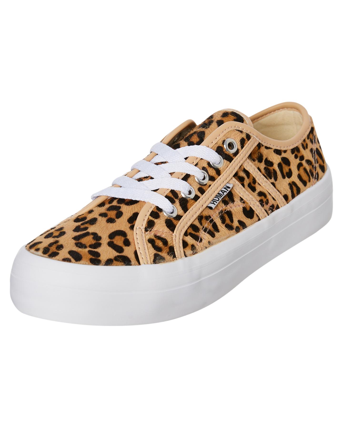 New-Human-Footwear-Women-039-s-Womens-Cass-Shoe-Rubber thumbnail 10
