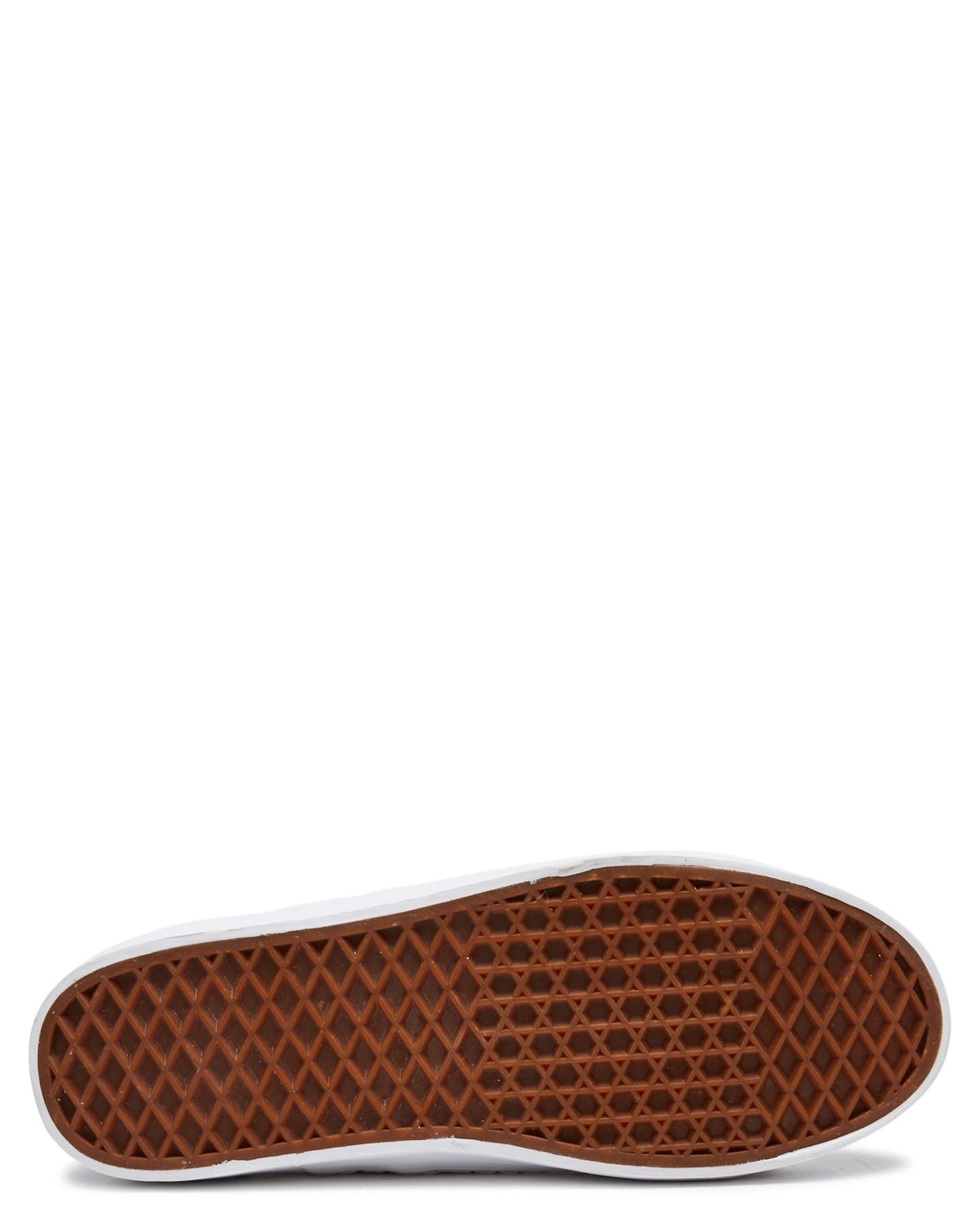 New-Human-Footwear-Women-039-s-Womens-Cass-Shoe-Rubber thumbnail 13