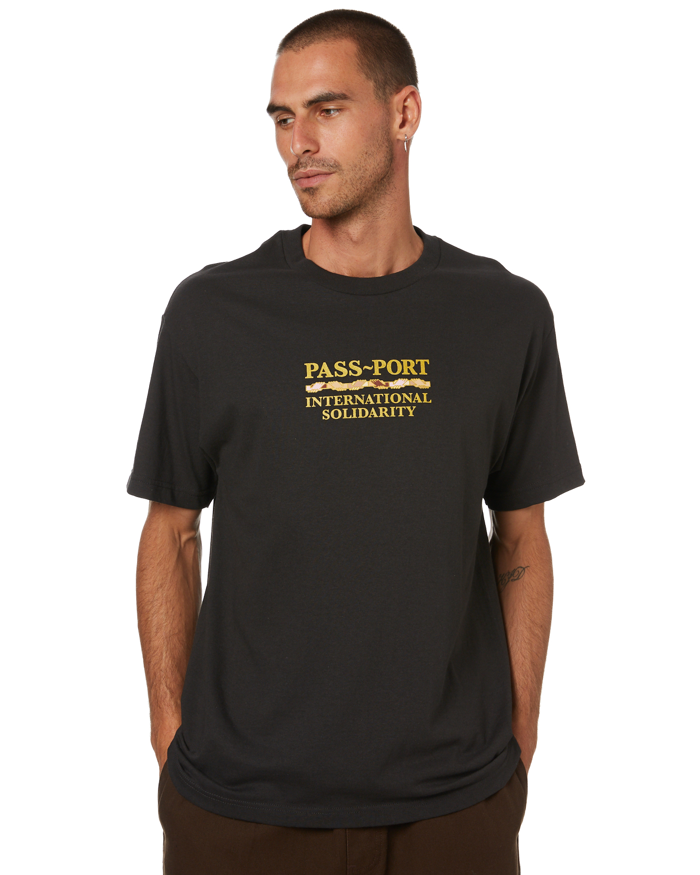 Pass Port Inter Solid Mens Tee Tar Tar